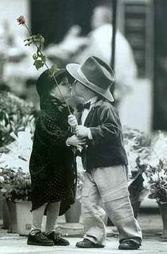 Sarut Copii - Trandafir