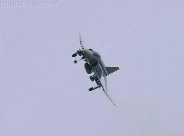 F 4 Gear Down