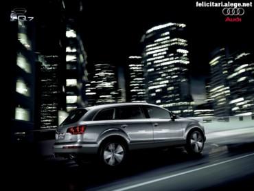 Audi Q7 in city