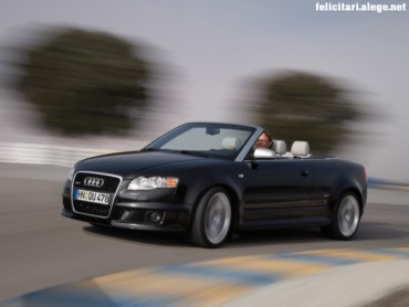 Audi RS4 left front