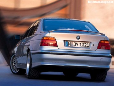 BMW 528i in town 3