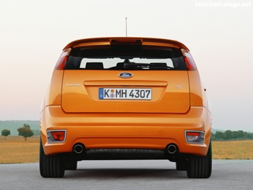 Ford Focus ST 4 back