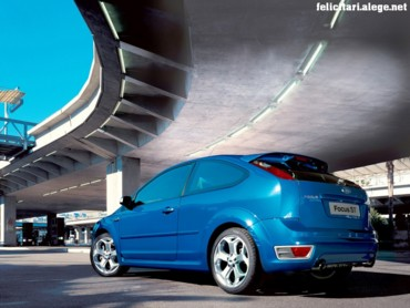 Ford Focus ST blue