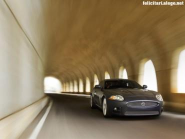Jaguar XKR motion