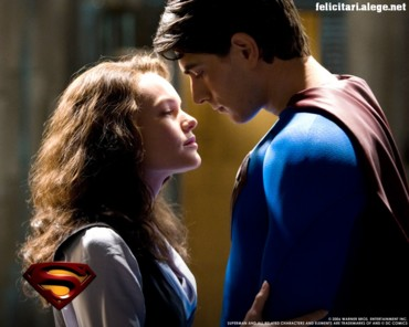 Superman kissing