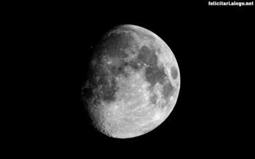 Greyscale planet