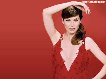 Ellen Pompeo red