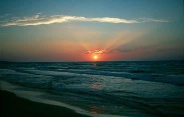 Marea Si Soarele