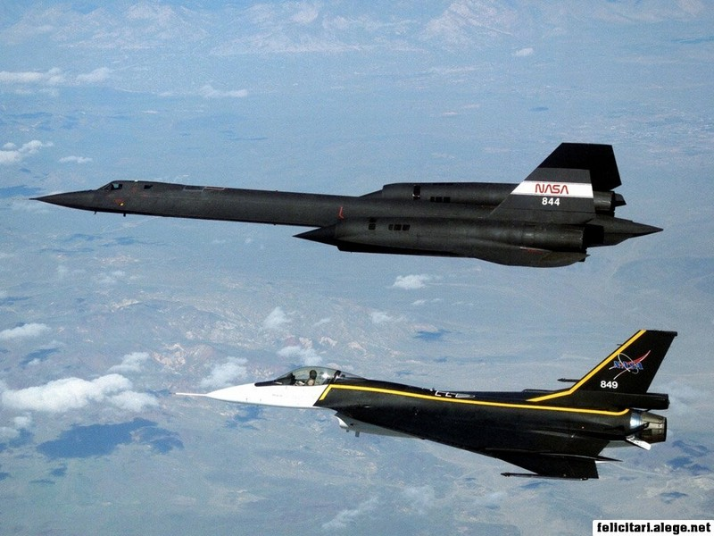 F16xl And Sr71 In Formation Flight