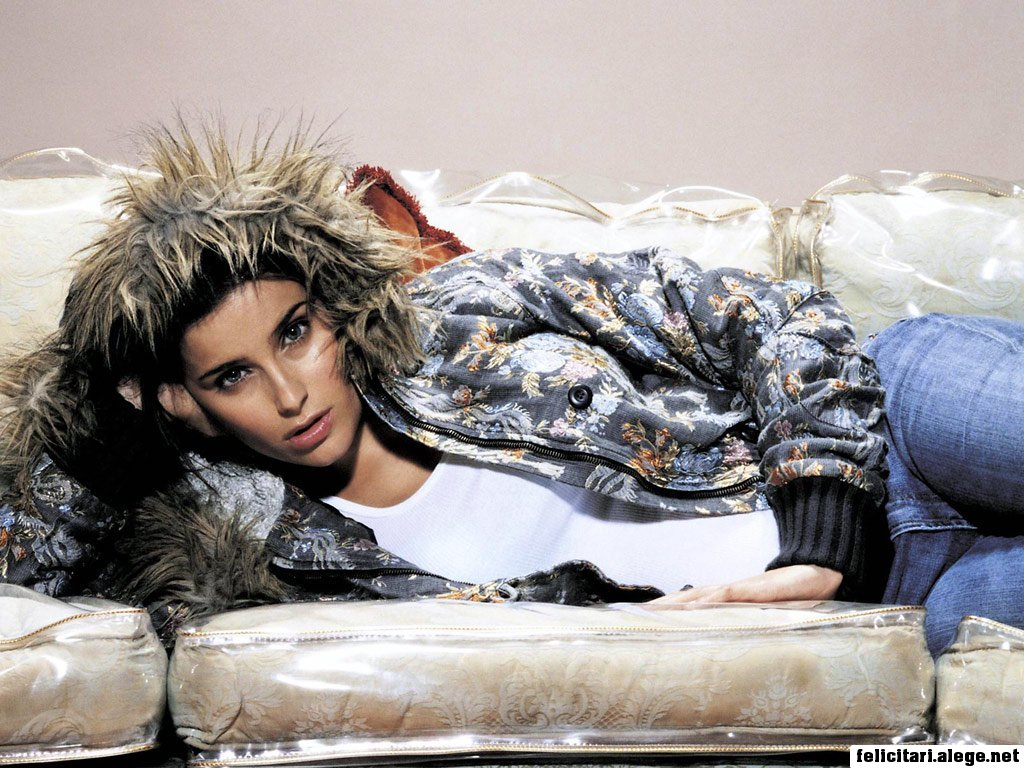 Nelly Furtado Promiscuous